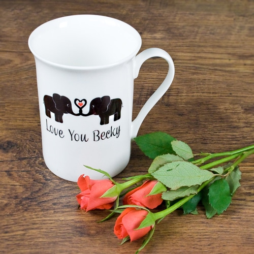 Gepersonaliseerde Bone China Mok Elephants In Love