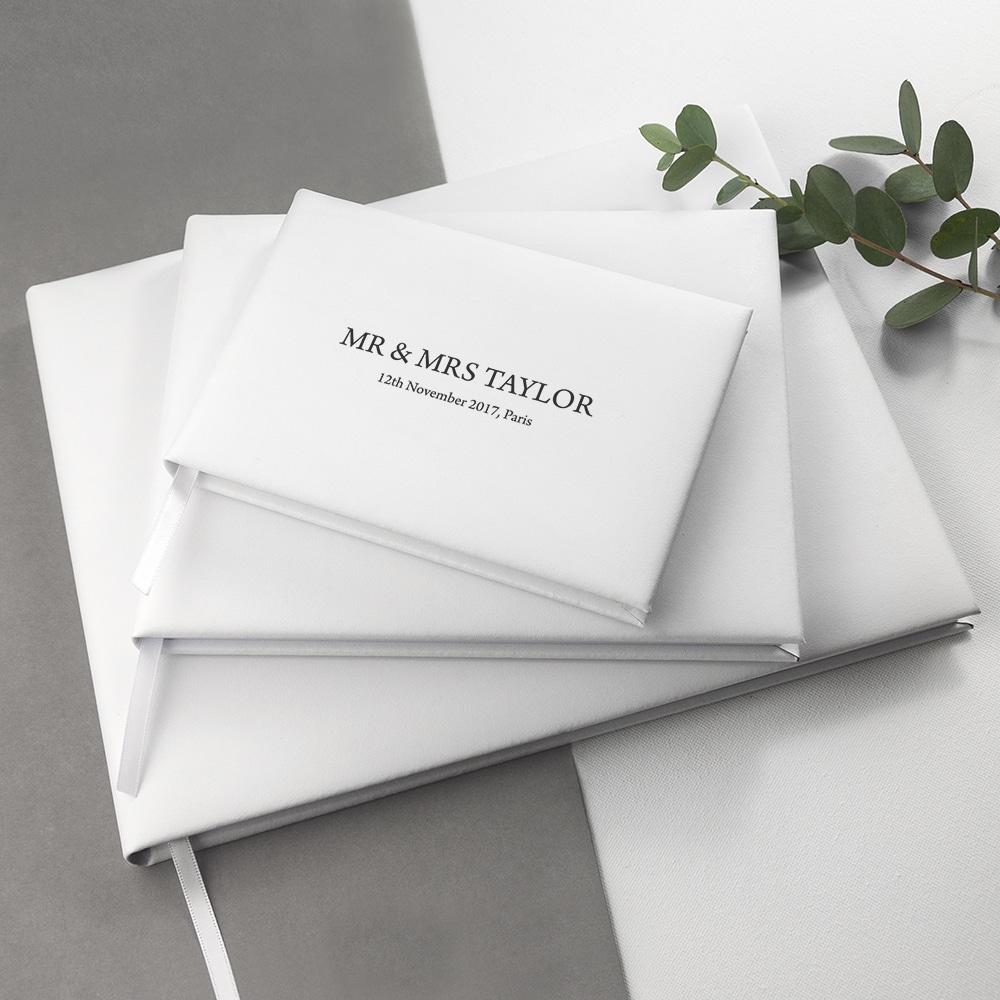 Wit lederen gastenboek bruiloft Gegraveerd